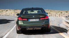 BMW M5 CS 2021 pesa 70b kg in meno rispetto alla M5 Competition