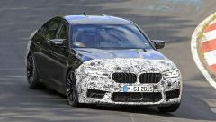 BMW M5 il facelift in prova al Nurburgring