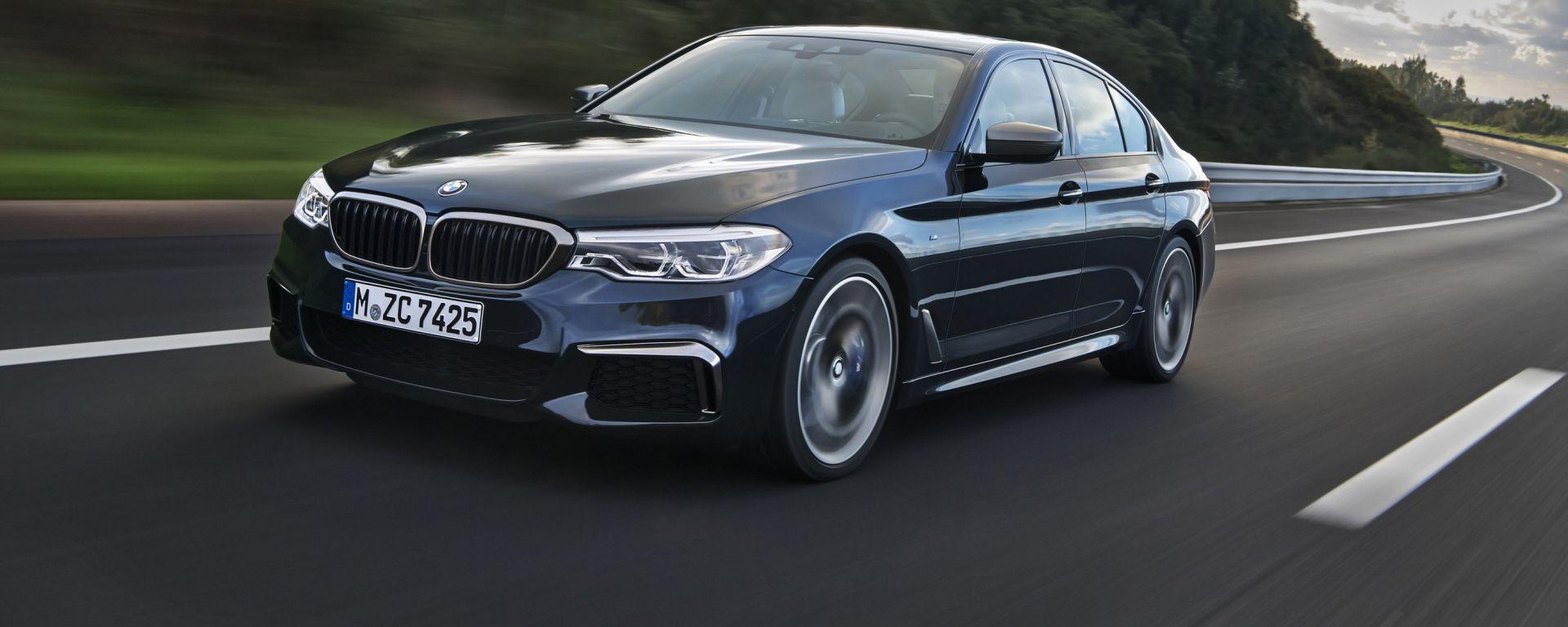 BMW M550i xDrive: la berlina tedesca con il V8 da 468 cv