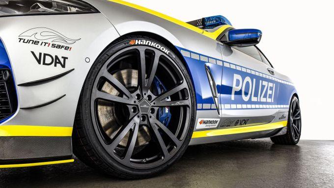 BMW M850i xDrive by AC Schnitzer: i cerchi da 21''