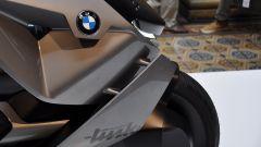 BMW Motorrad Concept Link, convogliatori laterali