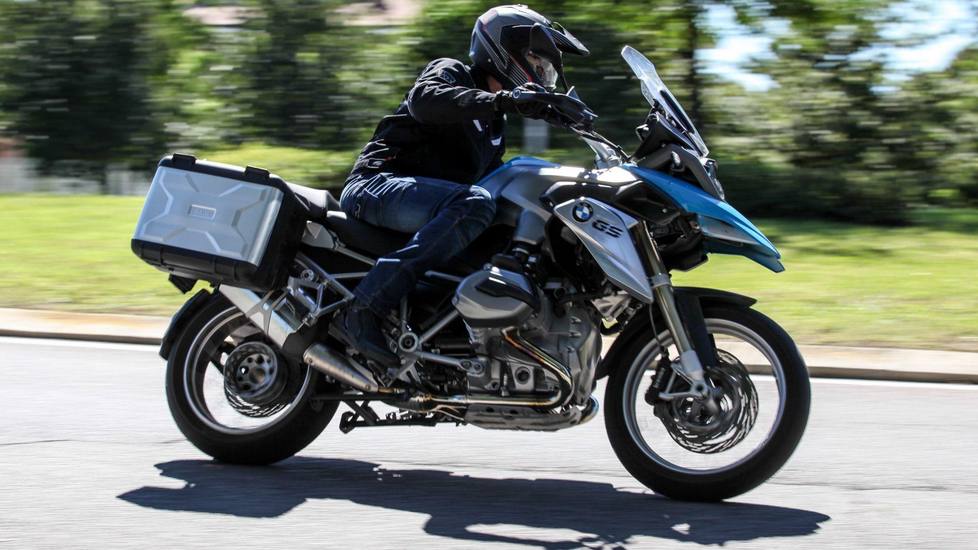 novit moto bmw motorrad l 39 abs pro arriva su gs s1000. Black Bedroom Furniture Sets. Home Design Ideas