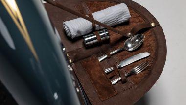 BMW R 100 RS Good Gost: il set per il pranzo al passo