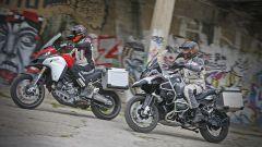 Ducati vs BMW: Multistrada 1200 Enduro sfida R 1200 GS Adventure - Immagine: 3