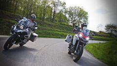 Ducati vs BMW: Multistrada 1200 Enduro sfida R 1200 GS Adventure - Immagine: 4