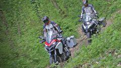 Ducati vs BMW: Multistrada 1200 Enduro sfida R 1200 GS Adventure - Immagine: 17