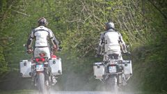 Ducati vs BMW: Multistrada 1200 Enduro sfida R 1200 GS Adventure - Immagine: 19