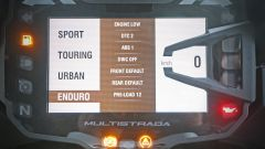 Ducati vs BMW: Multistrada 1200 Enduro sfida R 1200 GS Adventure - Immagine: 61