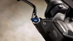 BMW R 1250 GS: cambiano il motore e l'estetica. Ecco quanto costa - Immagine: 7