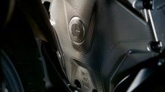 BMW R 1250 GS: cambiano il motore e l'estetica. Ecco quanto costa - Immagine: 19