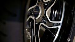 BMW R 1250 GS: cambiano il motore e l'estetica. Ecco quanto costa - Immagine: 21