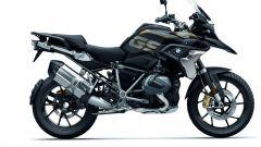 BMW R 1250 GS: cambiano il motore e l'estetica. Ecco quanto costa - Immagine: 28