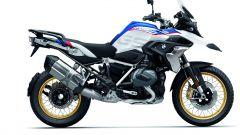 BMW R 1250 GS: cambiano il motore e l'estetica. Ecco quanto costa - Immagine: 36