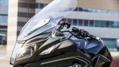 BMW R 1250 RT: parabrezza regolato al minimo