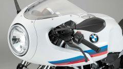 BMW R nineT Racer, il cupolino con faro tondo