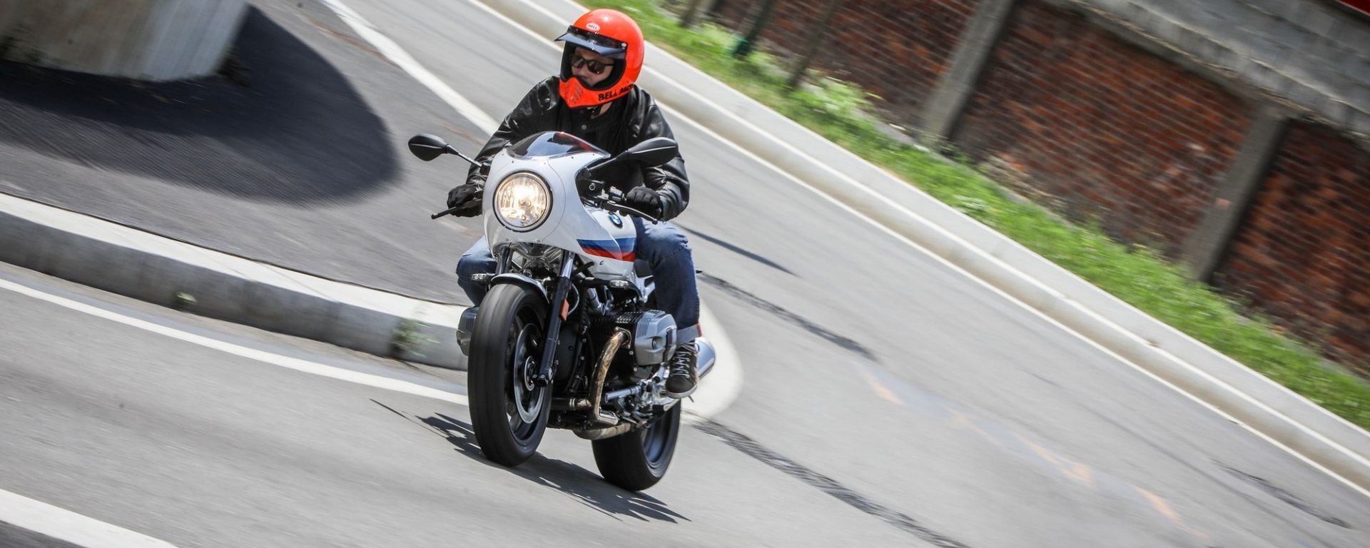 BMW R nineT Racer: il test ride