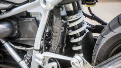 BMW R nineT Racer: la sospensione Paralever posteriore