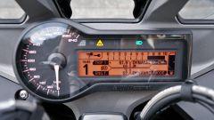 BMW R1200RS 2018: dettaglio del quadro strumenti misto