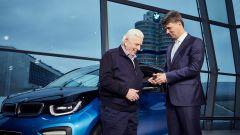 BMW, raggiunto il target 2017 di 100 mila auto elettrificate - Immagine: 8