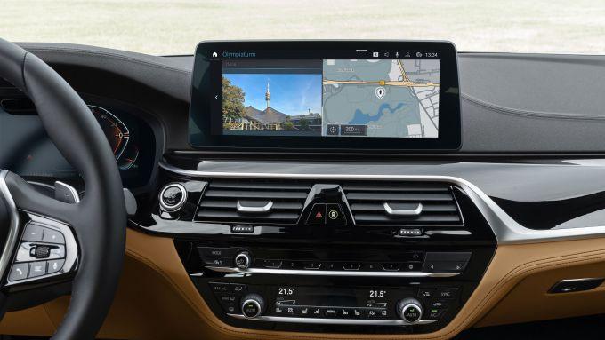 BMW Remote Software Upgrade: aggiornamento per 1,3 milioni di veicoli