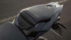 BMW S 1000 R 2017: dettaglio sellino passeggero