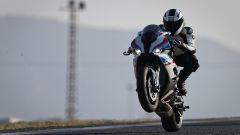 BMW S 1000 RR 2019: la prova in pista