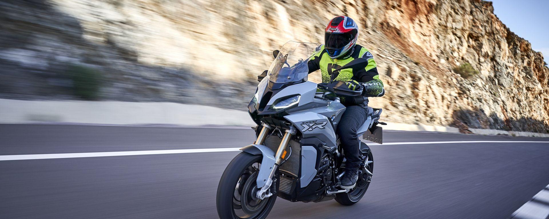 Prova su strada: in sella alla nuova BMW S 1000 XR 2020
