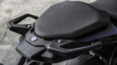BMW S 1000 XR: il sellino del passeggero