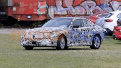 BMW Serie 2 Coupé 2021, vista 3/4 anteriore