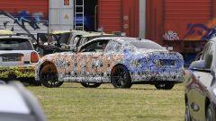 BMW Serie 2 Coupé 2021, vista 3/4 posteriore