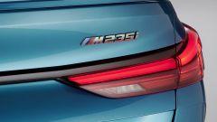BMW Serie 2 Gran Coupé M235i: badge posteriore