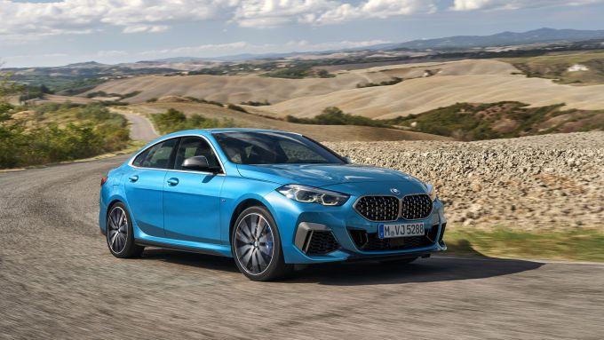 BMW Serie 2 Gran Coupé M235i: vista 3/4 anteriore