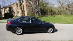 BMW Serie 3 330e: prova dell'ibrida plug-in - Immagine: 11