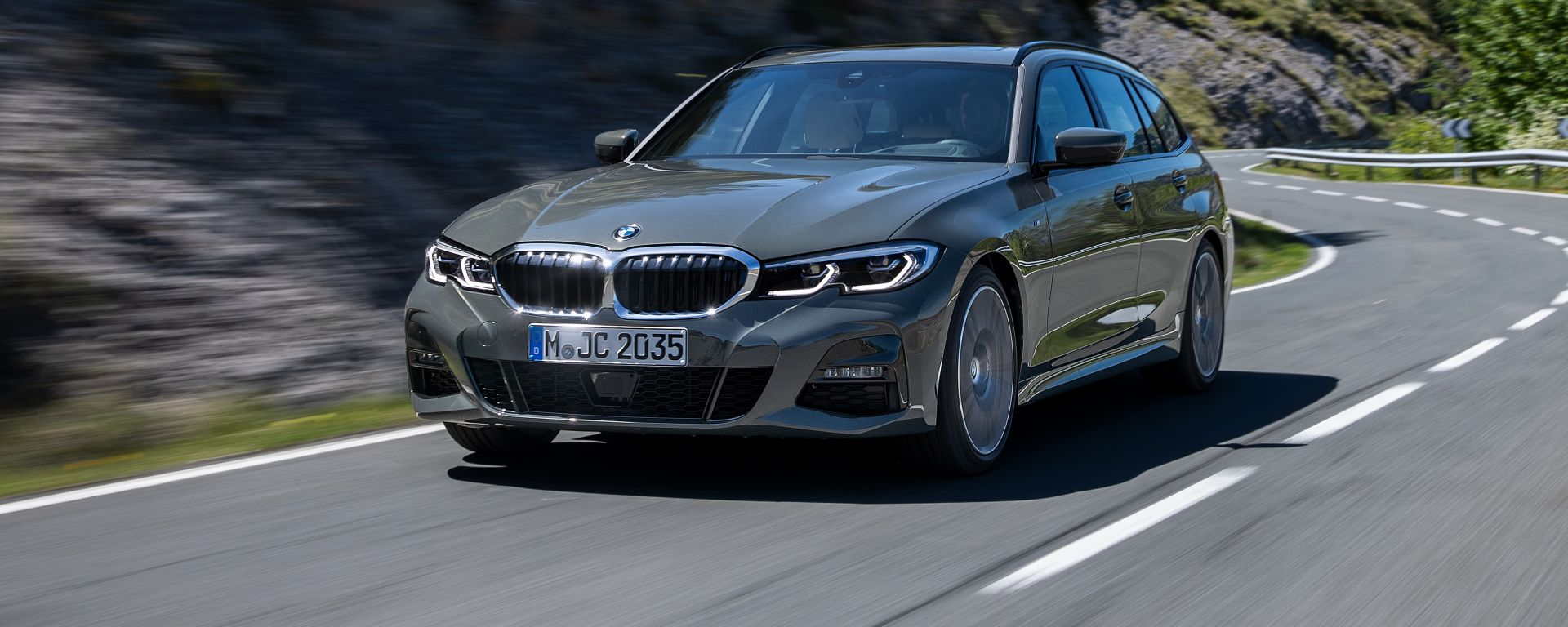 BMW Serie 3 Touring: il frontale