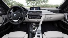BMW Serie 4 2017, gli interni