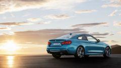 BMW Serie 4 2017, lievi aggiornamenti anche in coda