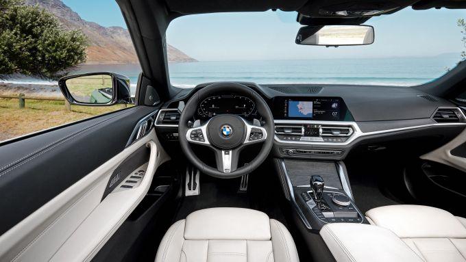 BMW Serie 4 Convertible: gli interni