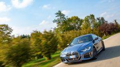 BMW Serie 4 Coupé 2021: un momento del test drive