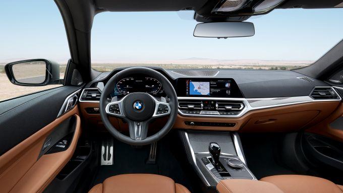 BMW Serie 4 Coupé: la plancia della sportiva di Monaco