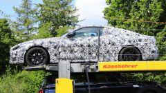 BMW Serie 4 Coupé, le foto spia. Fianco sinistro
