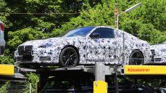 BMW Serie 4 Coupé, le foto spia lato sinistro
