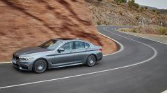 BMW Serie 5 2017: l'assetto è tutto nuovo