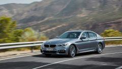 BMW Serie 5 2017: su strada