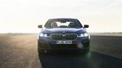 BMW Serie 5 2020 Sedan: il frontale
