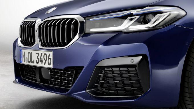 BMW Serie 5 2020 Sedan: la nuova calandra
