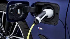 BMW Serie 5 2020 Sedan: l'attacco per la ricarica della plug-in