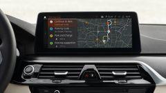 BMW Serie 5 2020 Touring: il nuovo schermo con i parcheggi