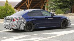 BMW Serie 5 restyling: modifiche anche alla coda