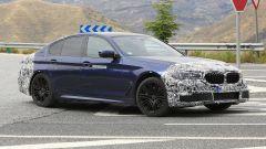 BMW Serie 5 restyling: test su strada