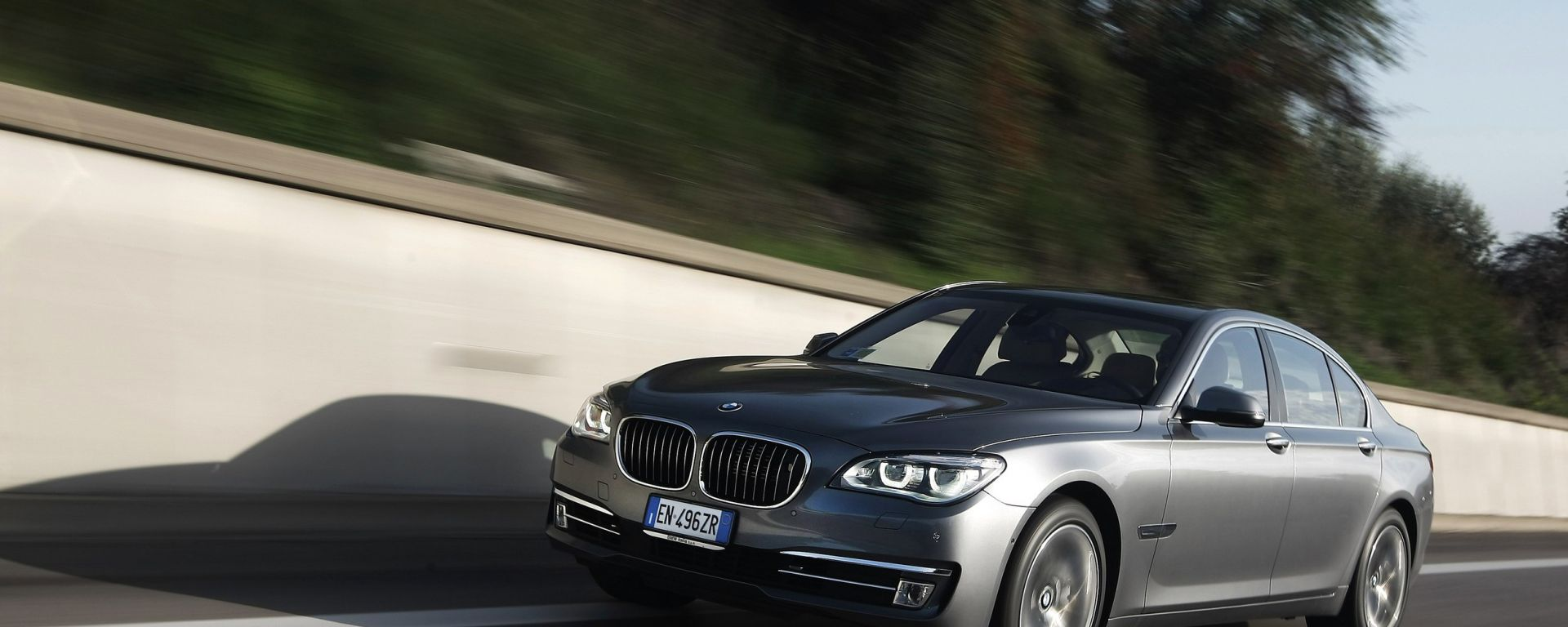 BMW Serie 7 2013, ora anche in video